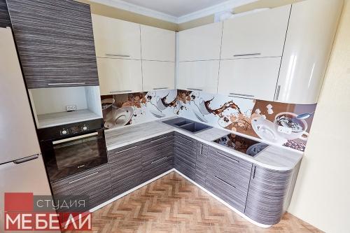 Теплая «кофейная» кухня