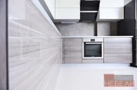 Современная угловая кухня из пластика