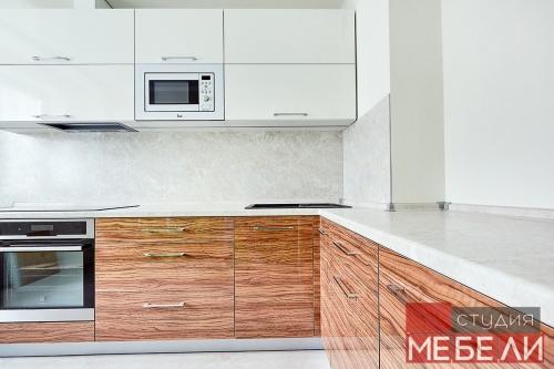 Комбинированная кухня из пластика