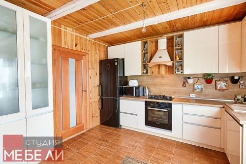 Уютная кухня в деревенском стиле